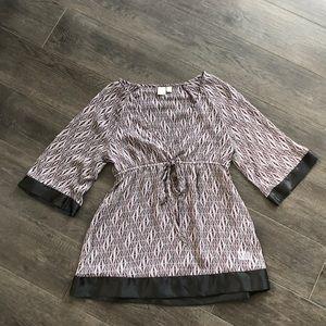 3/$25 Lightweight blouse